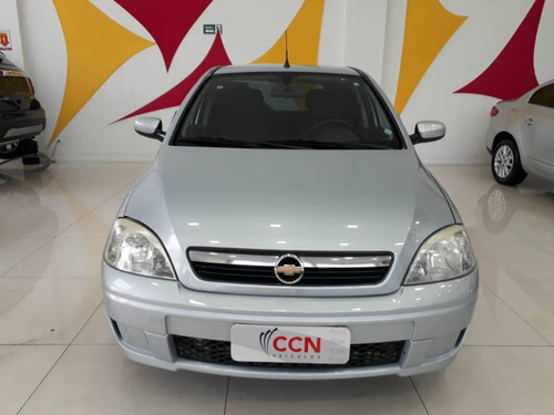 chevrolet corsa hatch premiun