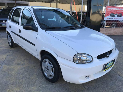 chevrolet corsa hatch wind 1.0
