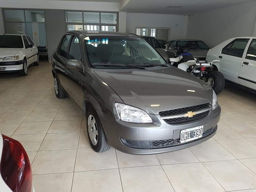 chevrolet corsa ls airbags abs 68000km  ingrassia