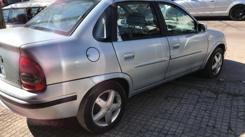 chevrolet corsa lt full gnc impecable   pedyautos
