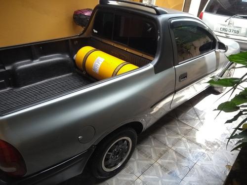 chevrolet corsa pick-up 1.6