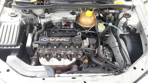 chevrolet corsa sedan 1.0 8 válvulas