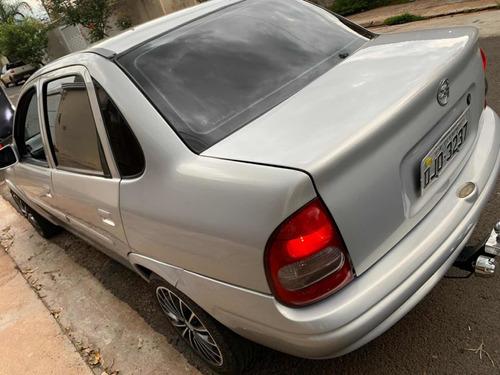 chevrolet corsa sedan 1.0 premium 4p 2005