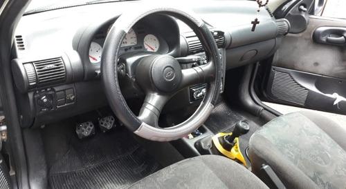 chevrolet corsa sedan 1.0 wind milenium 4p 2002