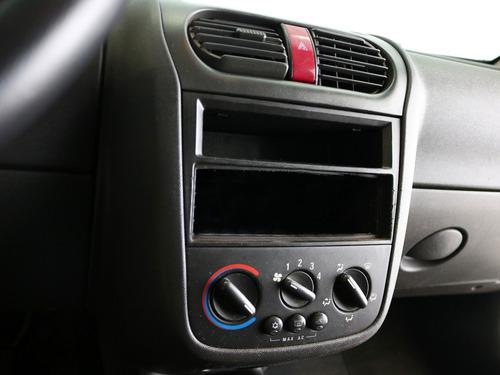 chevrolet corsa sedan 1.4 maxx 2009