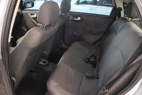 chevrolet corsa sedan 1.4 premium