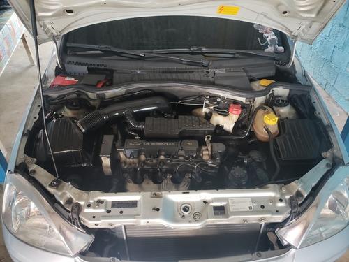 chevrolet corsa sedan 1.4 premium econoflex 4p 2010
