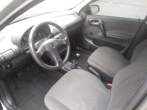 chevrolet corsa sedan 1.6 classic 4p
