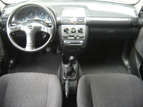 chevrolet corsa sedan classic 2004