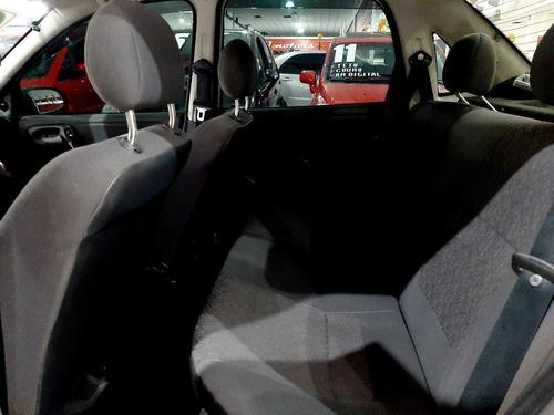 chevrolet corsa sedan classic