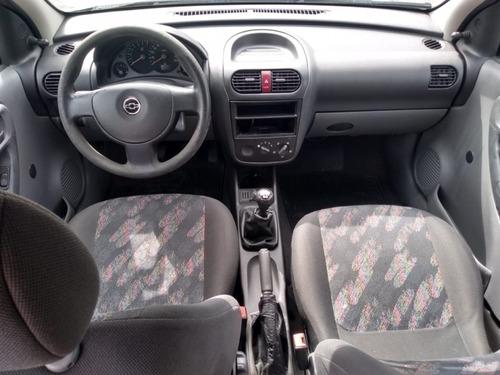 chevrolet corsa sedan joy 1.0 8v 2004/2005
