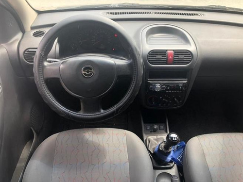chevrolet corsa sedan  maxx 1.8 (flex) flex manual