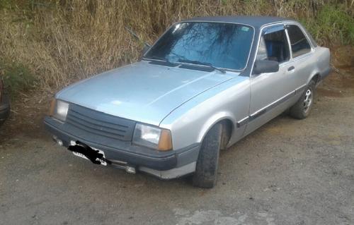 chevrolet corvette 1.6 sedan