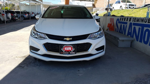 chevrolet cruze 1.4 ls at 2016