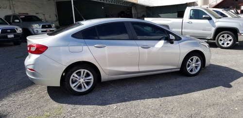 chevrolet cruze 1.4 lt at 2017