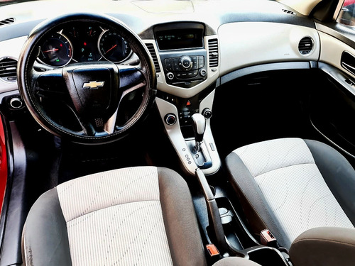 chevrolet cruze 1.8 a ls aa cd mp3 r-16 at 2012