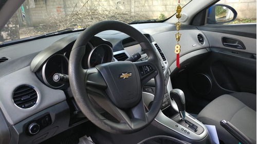 chevrolet cruze 2011 53.000km 1.8l automático