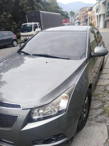 chevrolet cruze 2011 at