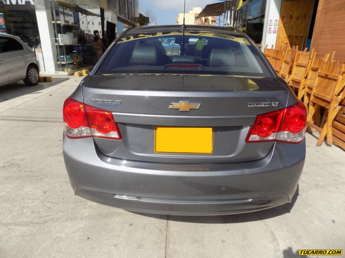 chevrolet cruze lt at 1800cc 5p