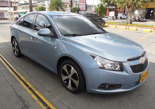 chevrolet cruze platinum at 1.8 sedan  2011