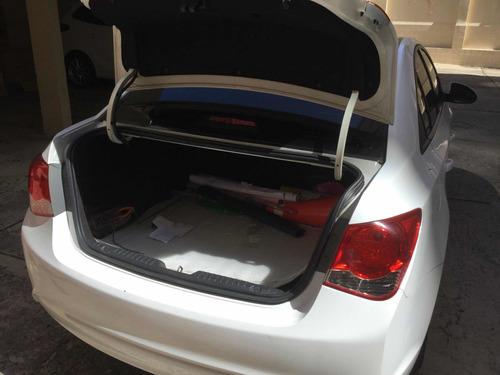 chevrolet cruze sedan modelo 2013  64000 kms mecanico