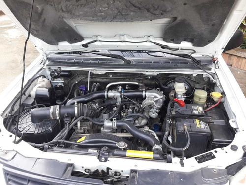 chevrolet dmax 4x4 diesel. 2012