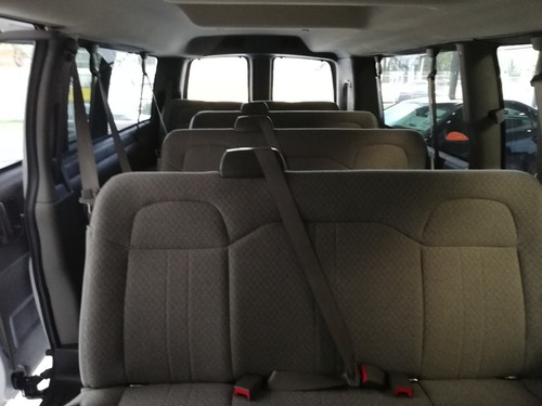 chevrolet express 6.0 ls c 15 pas at