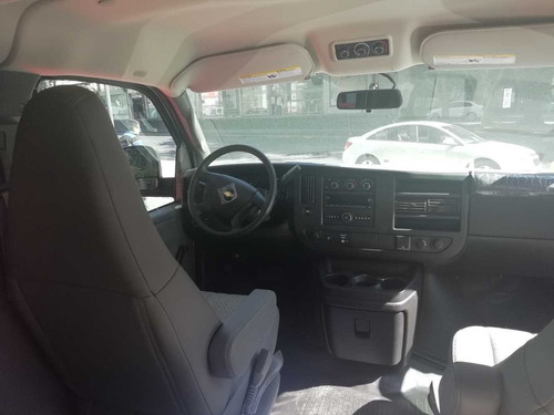 chevrolet express 6.0 ls c 15 pas at credito o leasing