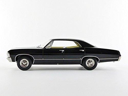Chevrolet Impala 1967 Sedan Deportivo Con Figuras De Sam S 597