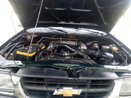 chevrolet luv 2.5 diésel furgón aislado y termo-king