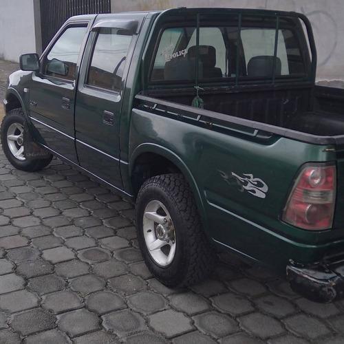 chevrolet luv 4x2  2004 estándar 10.900 negociable