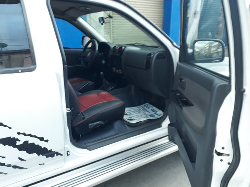 chevrolet luv d-max 4x4 3.0 turbo diesel