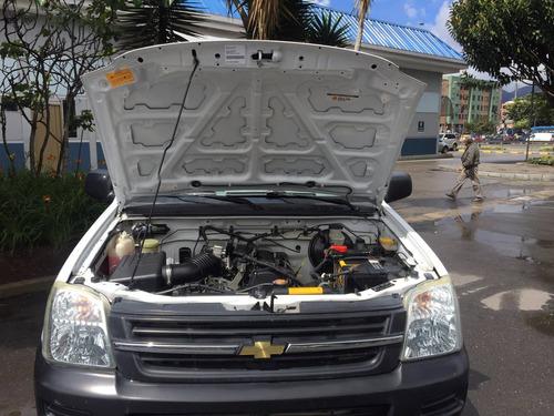 chevrolet luv d´max 4x2 gasolina estacas