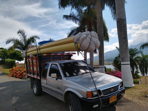 chevrolet luv space 2300