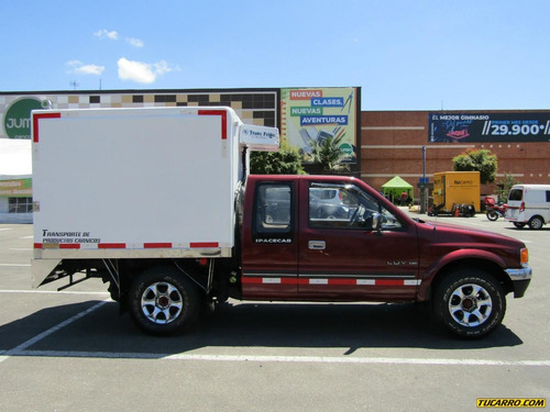 chevrolet luv space cab 2300cc mt