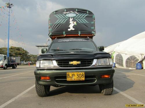 chevrolet luv space cab 2300cc mt