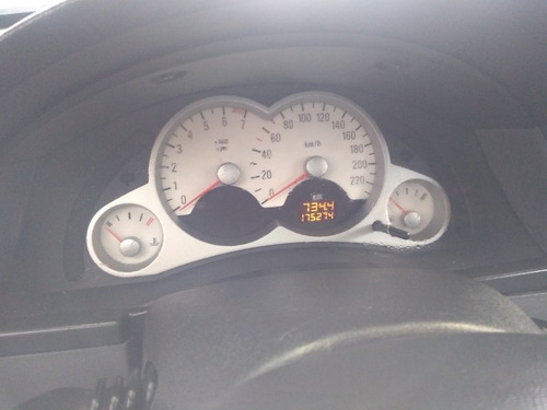 chevrolet meriva 1.8 gls 102 hp 2006