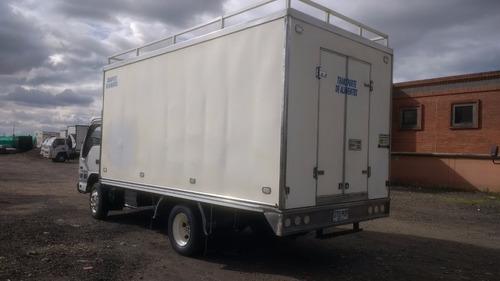 chevrolet npr 2011 furgon aislado en fibra