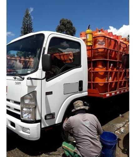 chevrolet nqr camion año 2018. *** poco uso*** unico dueño,