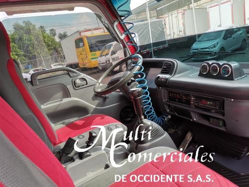 chevrolet  nqr, modelo 2012, furgon aislado y termo.