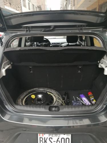 chevrolet onix 1. 4 ltz hatchback