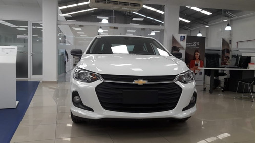 chevrolet onix 1.2 mt  / lt y tech 0km financiado 18 glh