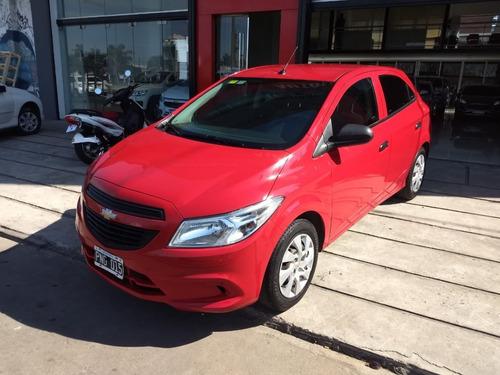 chevrolet onix 1.4 lt modelo 2016 45000 km color rojo
