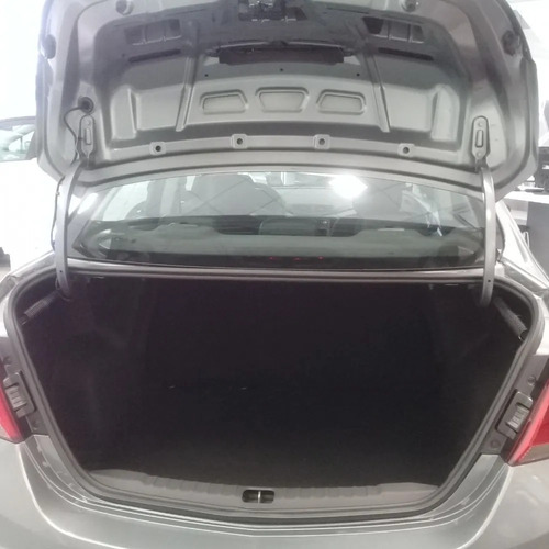 chevrolet onix  joy plus 1.4 mt black la p01