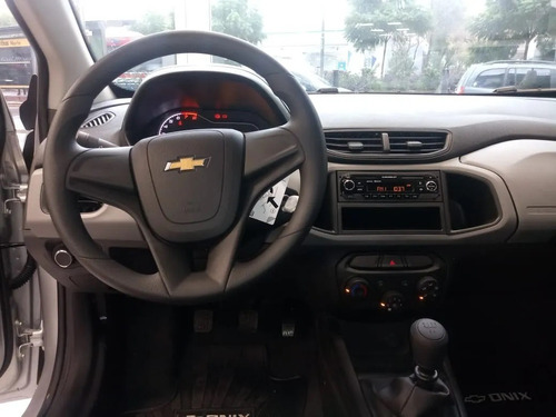 chevrolet onix joy plus 1.4 mt oferta car one a*