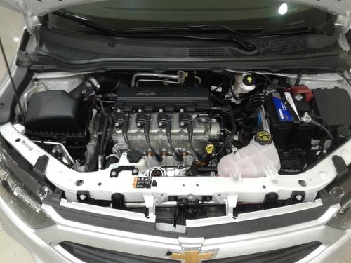 chevrolet onix lt 1.4l hatchback 0km jm