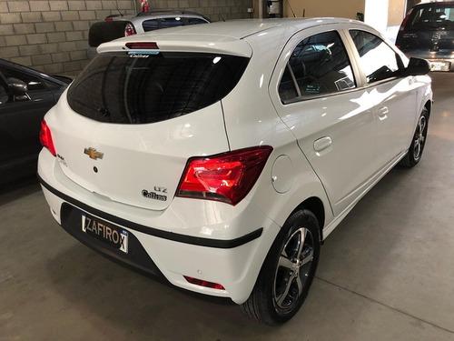 chevrolet onix ltz automatico - 7.500 kms - año 2018