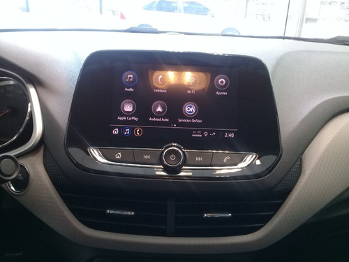 chevrolet onix premier 1m 1.0 turbo 5 puertas no yaris fb