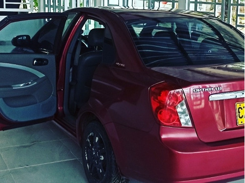 chevrolet optra 1800 cc automático