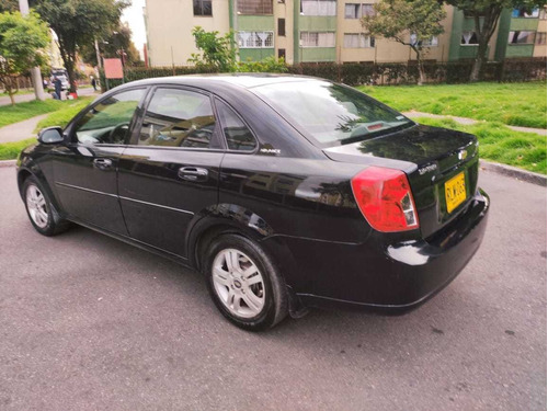 chevrolet optra advance 2012